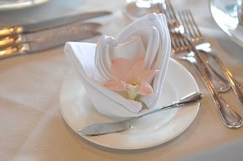 飾りナプキンでテーブルコーディネート♡素敵アイデア7選♪